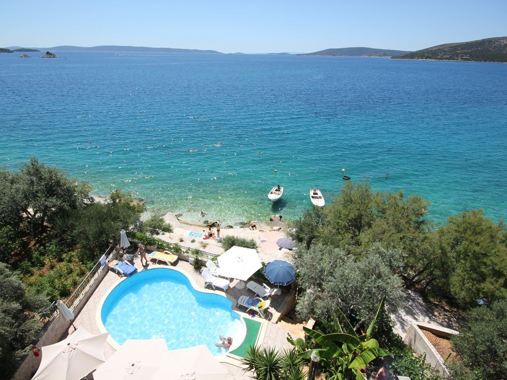 Abgelegenes Ferienhaus Croatia Trogir Apartments Amazing Sea View Only 10m From
