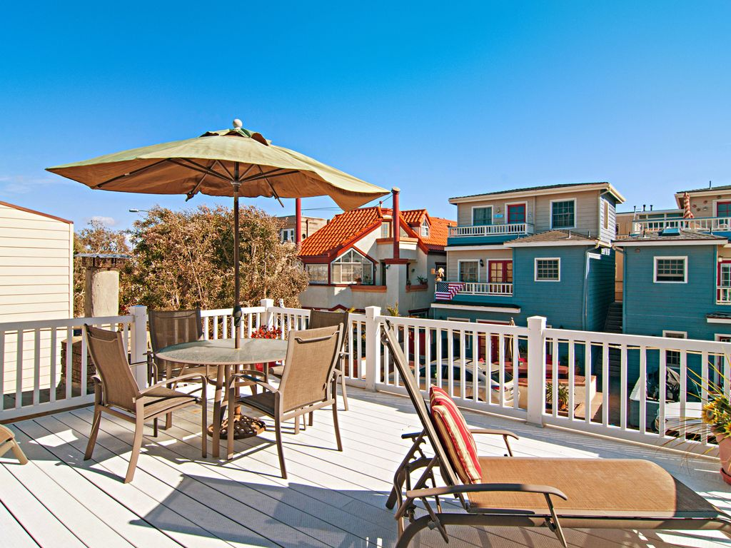 Breezy 3br W Ocean View Roof Deck Patio Bbq Steps To