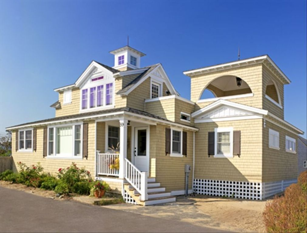 Plum Island - Charming 2 + BR Cottage by th - VRBO
