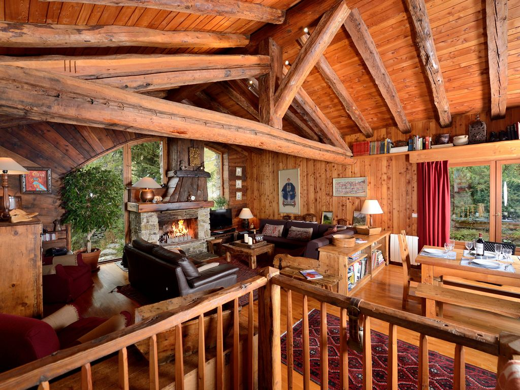 The Farmhouse Val D Isere Val D Isere Tignes Charming Ski Chalet Self Catering Rental Sleeps14 6 Real Bedrooms Large Livingroom Open Log Fire Le Villaret Du Nial