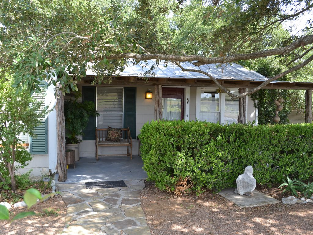 Cottage Haus Water Front Cottage Private Guest Haus Hot Tub Swim Fish New Braunfels