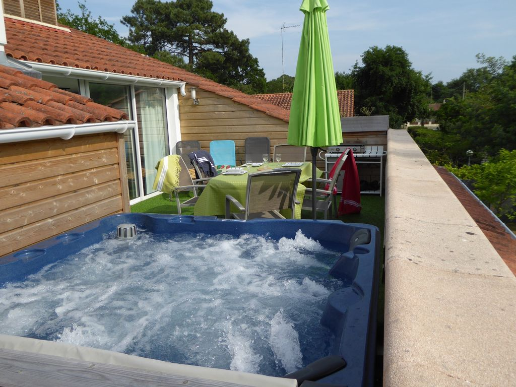 Jacuzzi Sur Terrasse House Apartment On The Arcachon Bay Andernos With Terrace And Private Spa Andernos Les Bains