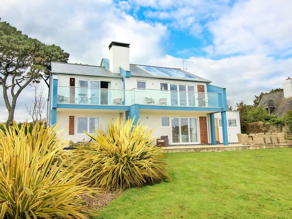 Brilliant House Fantastic Views Brilliant Access For All St Mawes