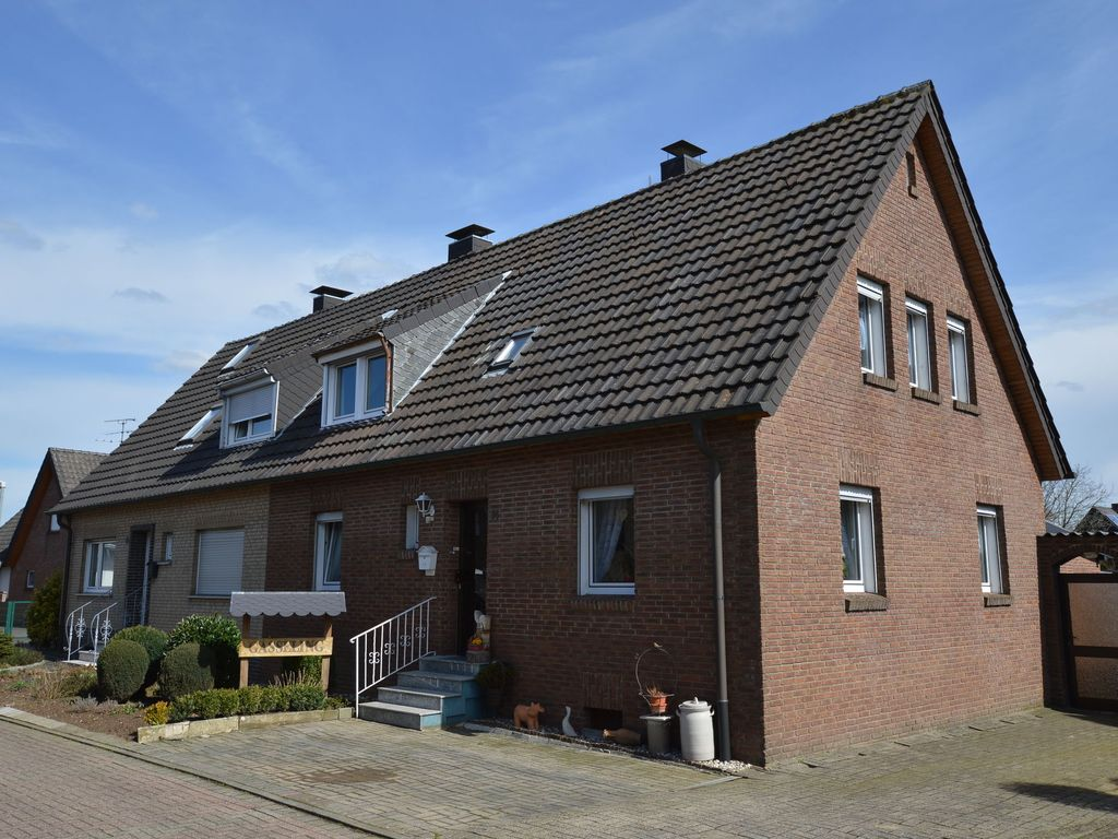 Zwembad Rees Comfortable Apartment In Rustic Area Near The Dutch Border Rees