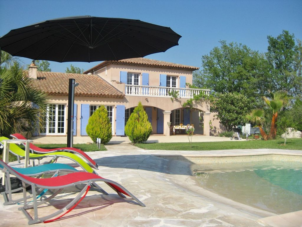 Pool And Jacuzzi Enjoy This Beautiful Villa With Infinity Pool And Jacuzzi