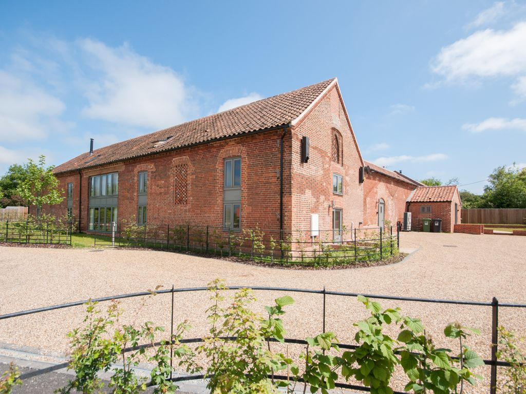 Barn Conversion With Luxury Comfort And Bea Homeaway