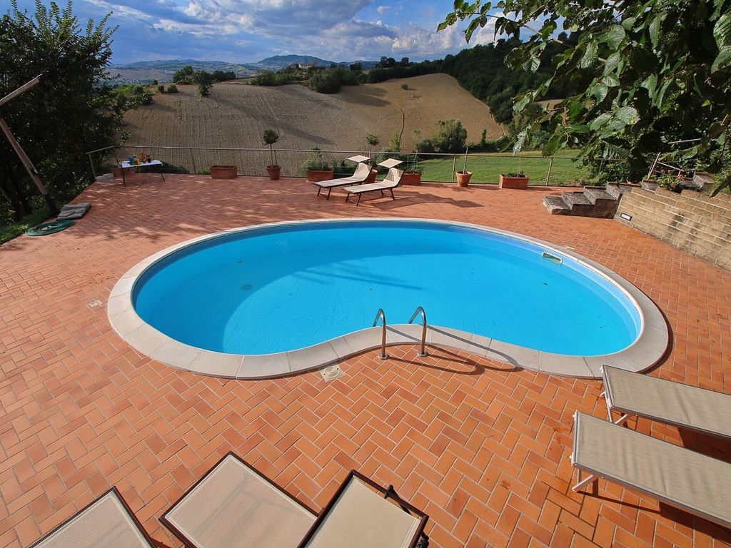 Pool Garden Leipzig Villa With Private Swimming Pool Beautiful View And Within Walking Distance Of A Village Terre Roveresche