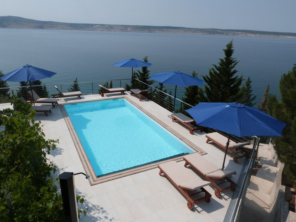 Ferienwohnung Mit Pool Zadar Exceptional Apartment With Infinity Pool And A Private Beach Homeaway
