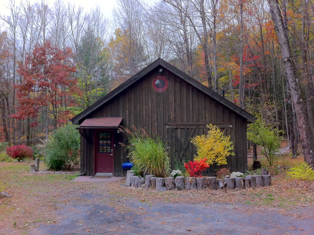Cucina Woodstock Ny Hours A Romantic Escape Woodstock Barn By A Stream With Hot Tub Mount Tremper