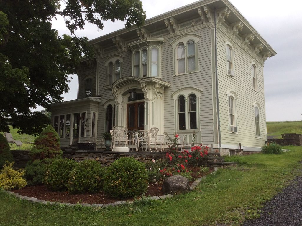 Italianate Farmhouse Dazzling Italianate Victorian Home On 141 Acres Reserve Now Cherry Valley
