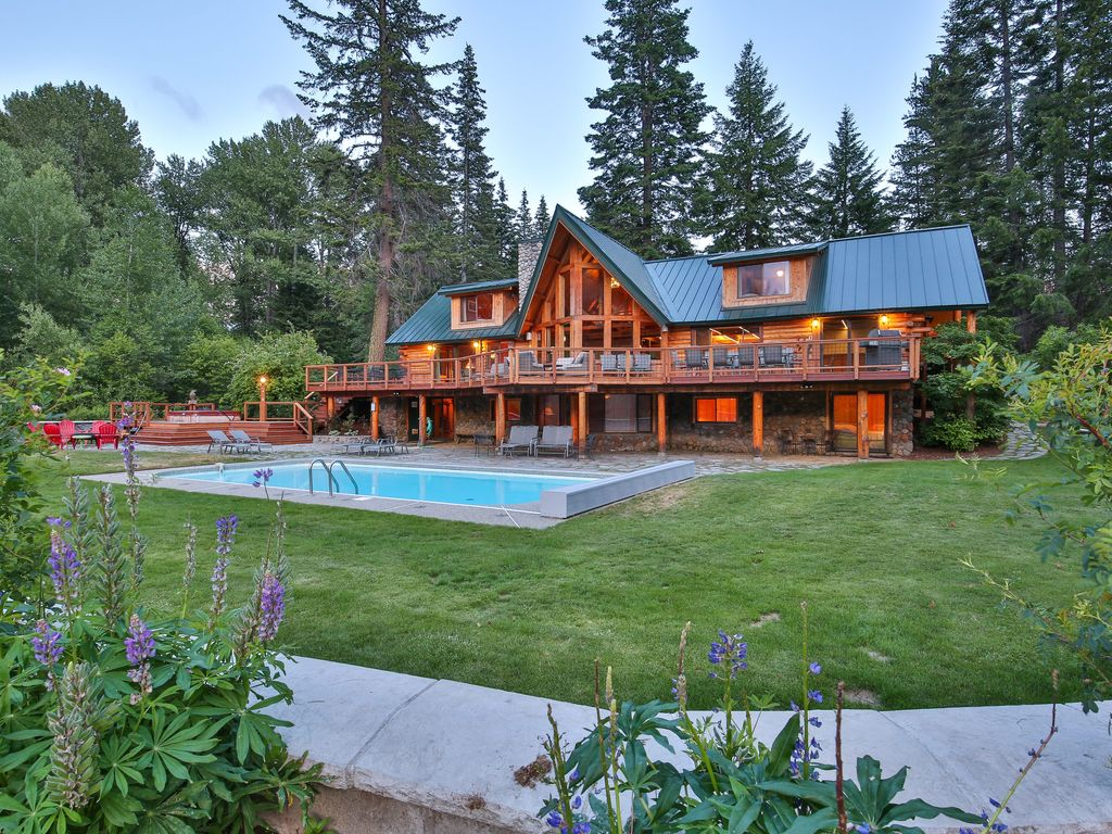 Vrbo Heaven Can Wait Lodge Stunning Lodge On 12 Acres Of Riverfront Leavenworth