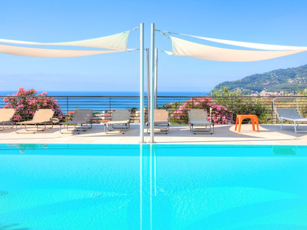 Pool Im Garten Hygiene Apartments In A Modern Hi Tech Villa With Jacuzzi And Swimming Pool Sea View Diano Marina