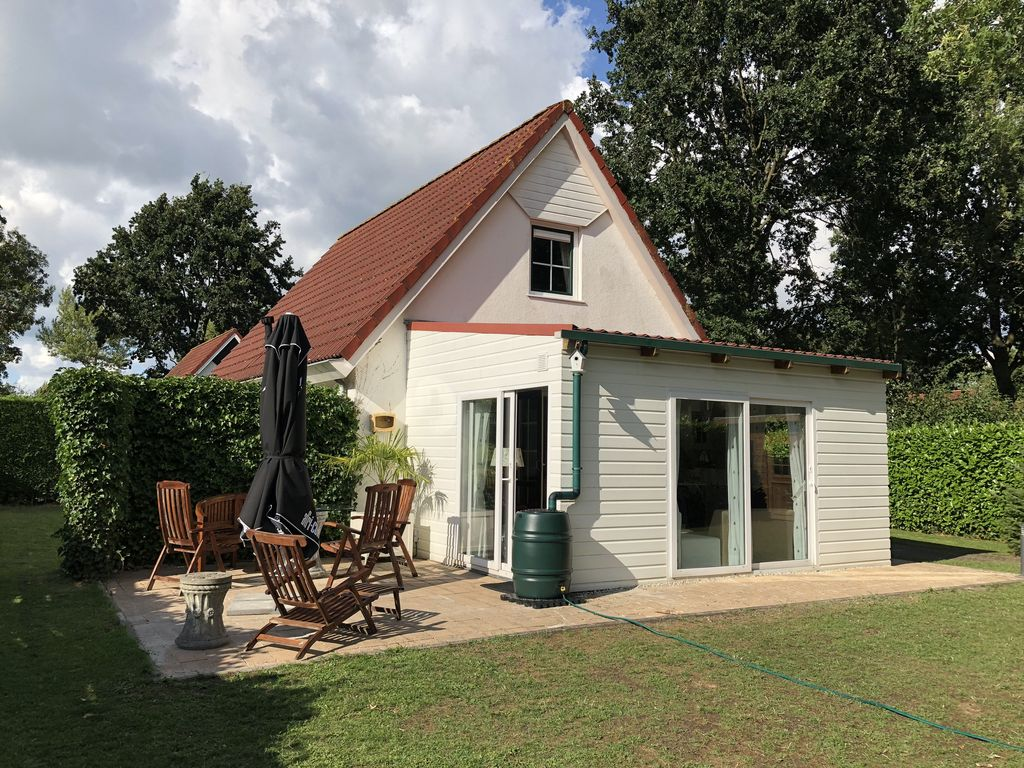 Ferienhaus Mit Pool Zandvoort Spacious Holiday Home In Zeeland On The Veerse Meer With Garden For Family With Dog Kortgene