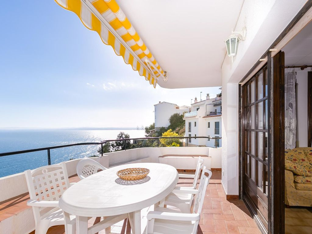 Appartement Roses Apartment In Puig Rom Roses With Communal Pool And Beautiful Sea Views Almadraba Canyelles
