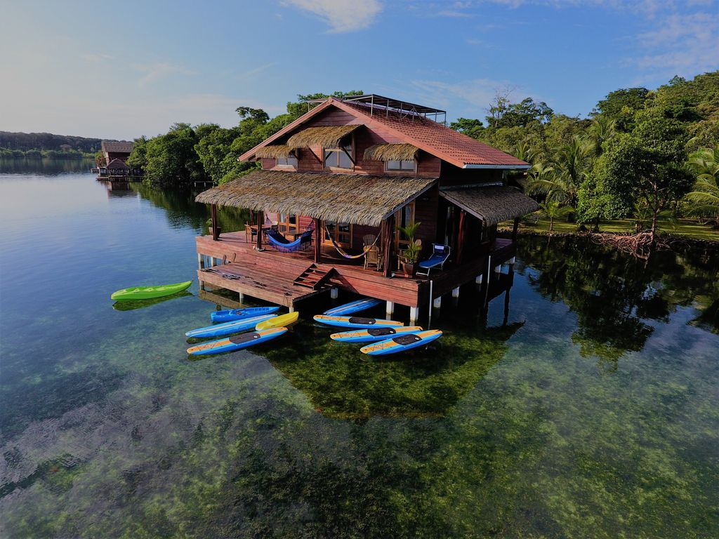 Couchtisch Panama Iv Eco Aqua Over The Water Villa In Dolphin Bay Bocas Del Toro Panama Tierra Oscura