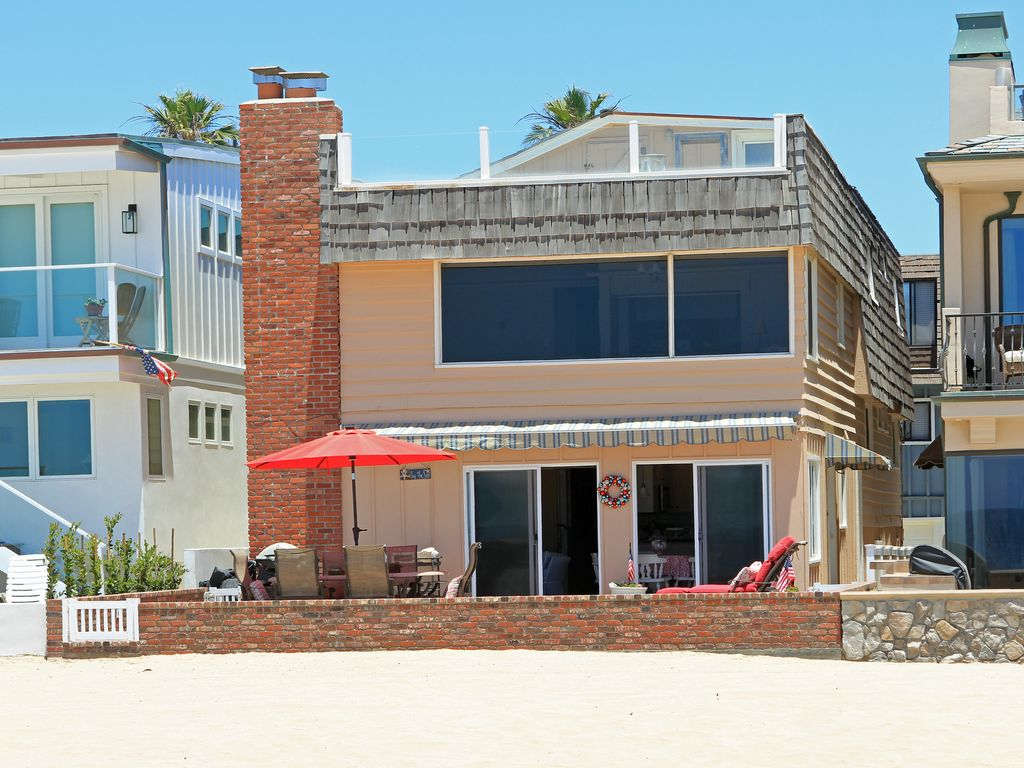 Cucina Alessa Huntington Beach Happy Hour Oceanfront Retreat Patio On The Sand Remarkable Views Newport Beach