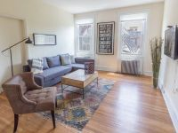 Rittenhouse 2BR Brownstone: Spacious Brownstone Apartment
