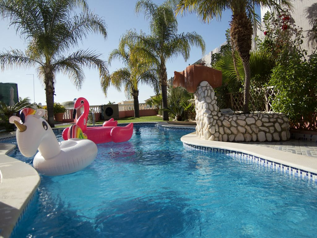 Jacuzzi Pool De Villa Beach Palace Luxury 5 Bed Villa W Heated Pool