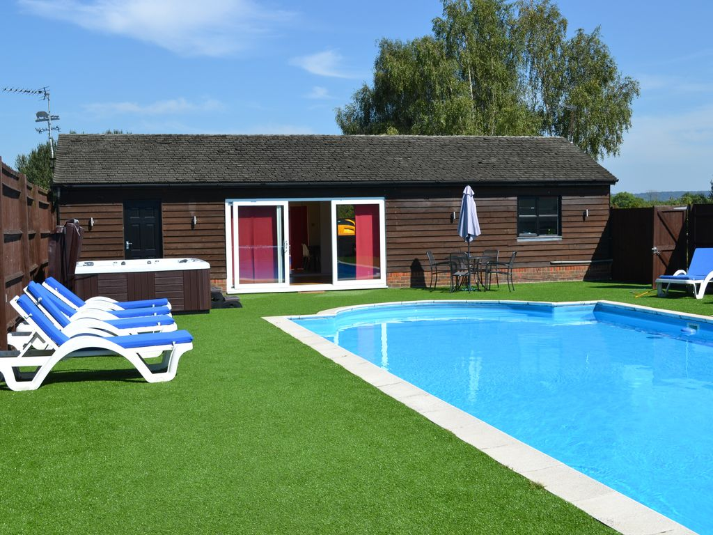 Farmhouse Backyard With Pool Self Catering Chalet With Pool Spacious Chalet Private
