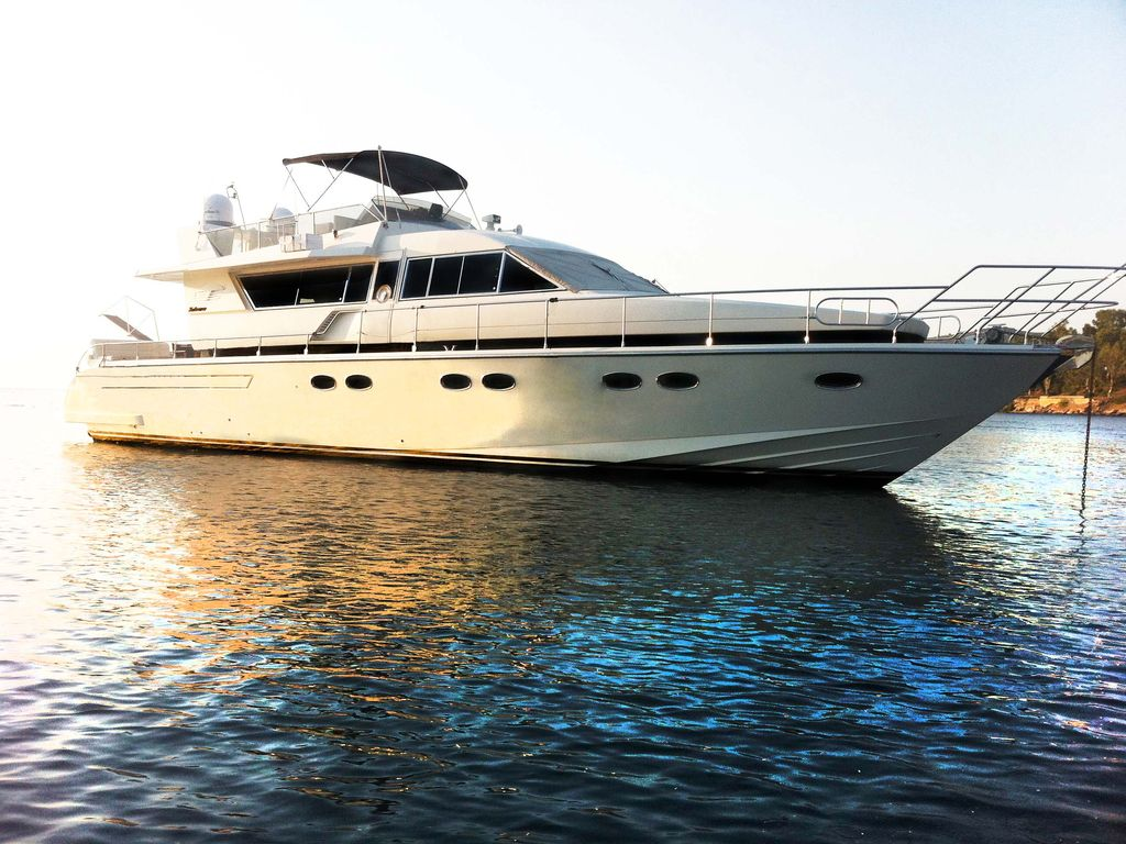 Yacht Badezimmer Luxury Motor Yacht Posillipo Technema 64ft Glyfada