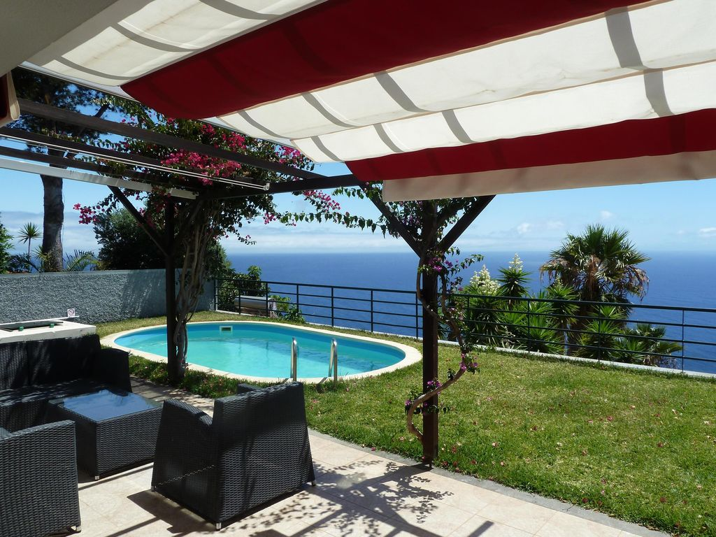 Ferienhaus Mit Pool Madeira Boundless Sea Views A Bay In Front Of Funchal Caniço
