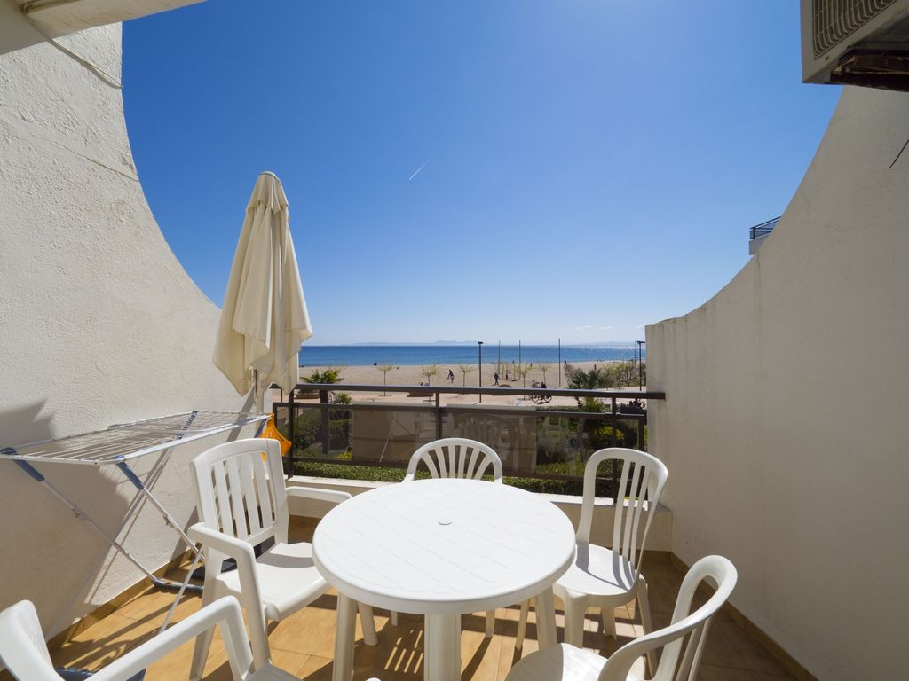 Appartement Roses Amazing Apartment On The Seafront In Roses Inmosantos Oasis D4 Roses