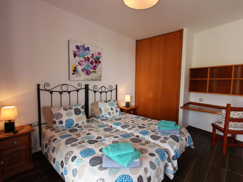 Schlafzimmer Set Arona Villa With Pool For Exclusive Group Holiday Homeaway