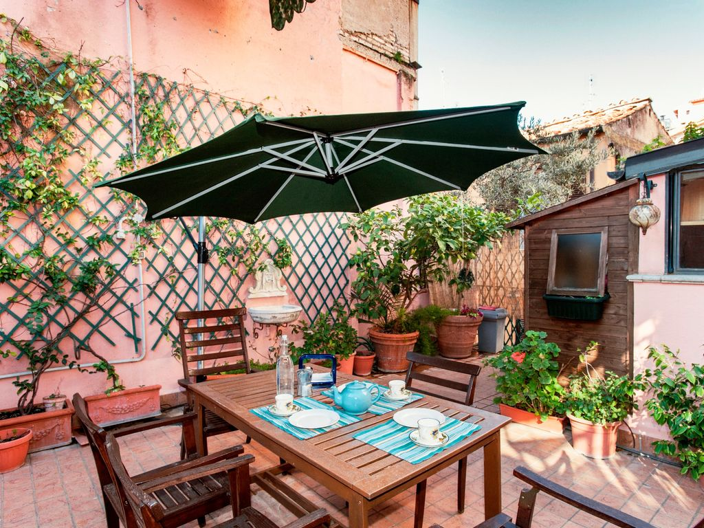 Orlando Sedie Rome Near Piazza Di Spagna Apartment For 8 With Large Terrace Centro Storico