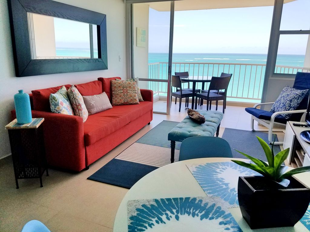 Big Sofa San Juan Beachfront Fully Remodeled King Bed Marbella Del Caribe Isla Verde
