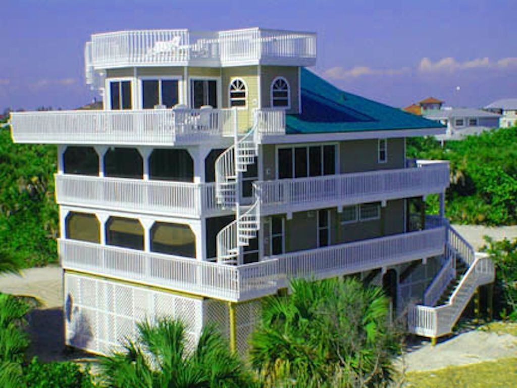 A Houses For Rent Luxury House Only 50yds From Beach Pool Spa Ext Games Area Bicycles Kayaks Captiva