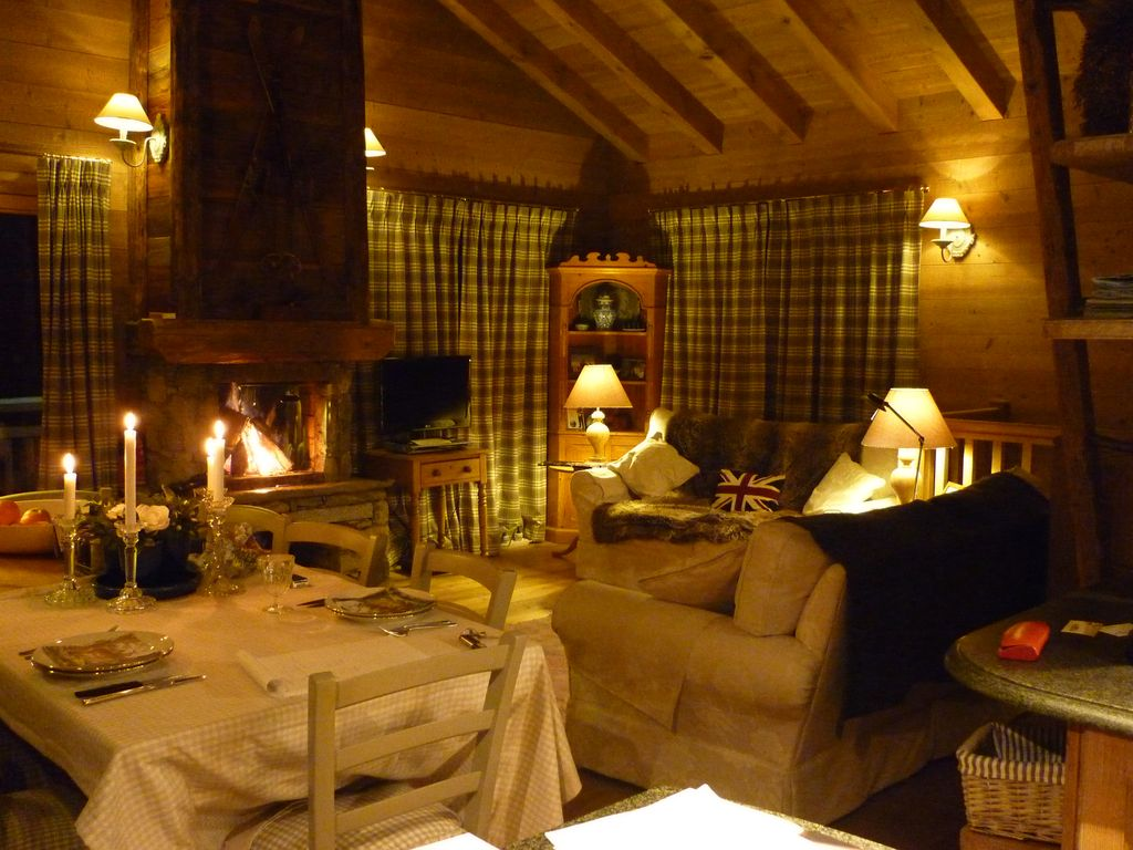 Lit Complet Tania Traditional Chalet Courchevel Free Shuttle Bus To Le Praz And Ski Lifts Courchevel