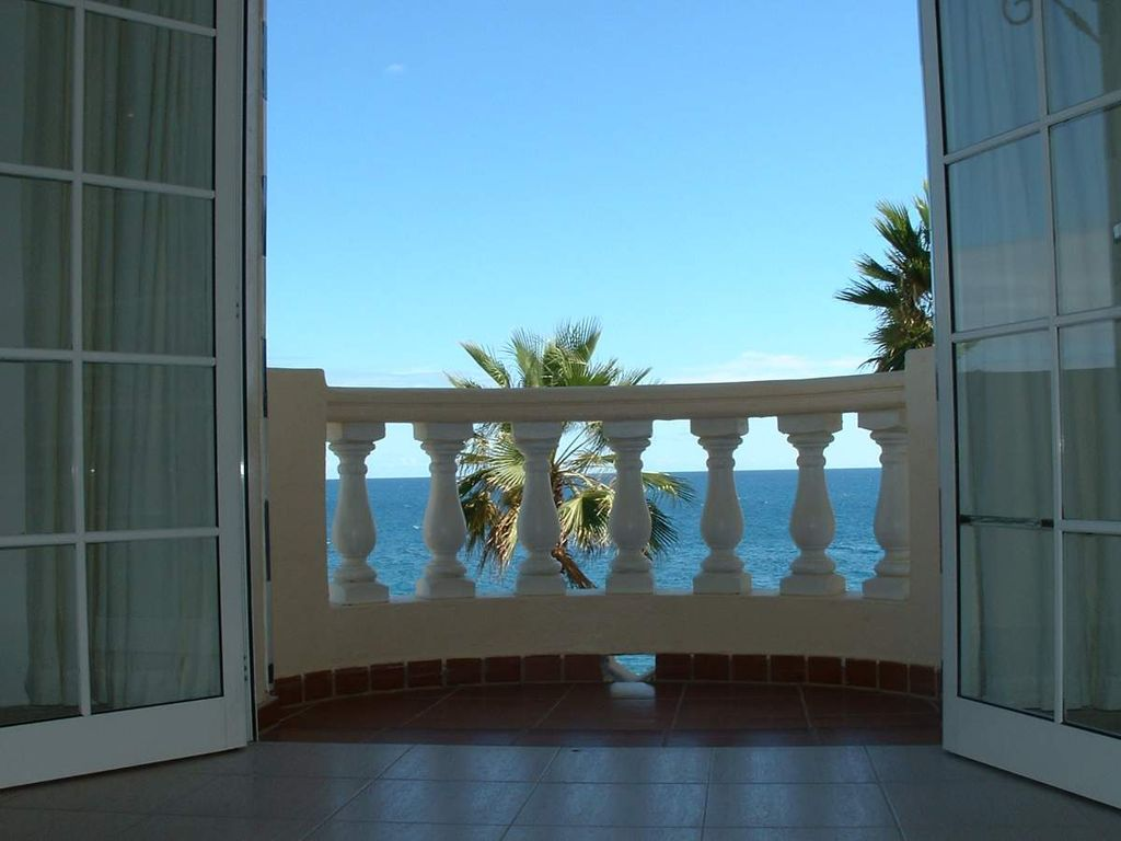 Bungalow Mit Erker Beautiful Apartments Villas In A Private Bungalow Complex Directly By The Sea San Bartolomé De Tirajana