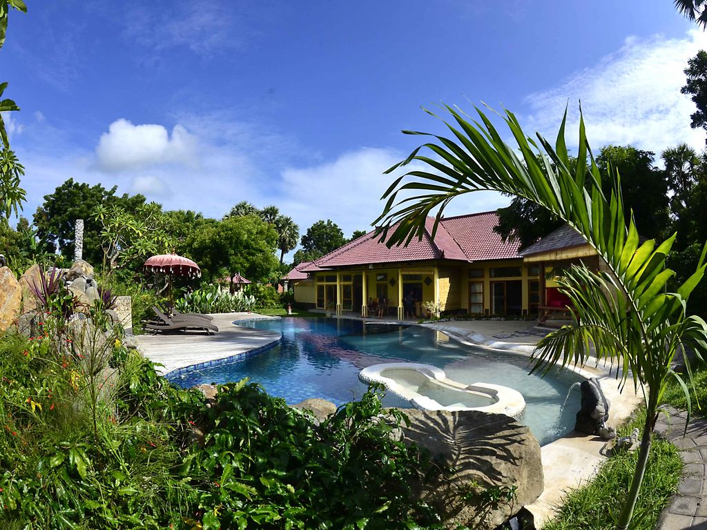 Jacuzzi Pool Villa Bali Villa North Bali Exception Near The Nation Vrbo