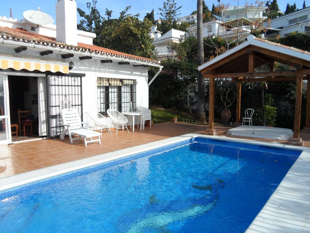 Jacuzzi With Swimming Pool Traditional 3 Bed Andalusian Style Villa With Private Swimming Pool And Jacuzzi Benalmádena