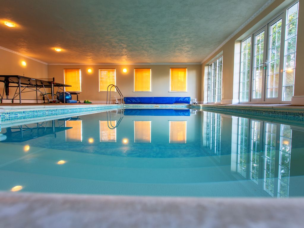Sauna 24 Luxury Holiday Apartment With Exclusive Heated Indoor Swimming Pool And Sauna Tenbury Wells
