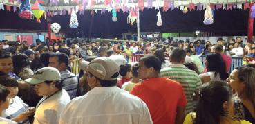 Tá faltando alguém no Arraial de Sena Madureira! (vídeo)