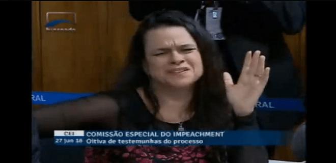 (Vídeo) – Senador Lindbergh desmoraliza Janaína (a advogada tucana do golpe)