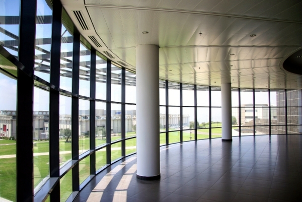 Interior Partition Modern Facade – The Beauty Of Glass Curtain Walls