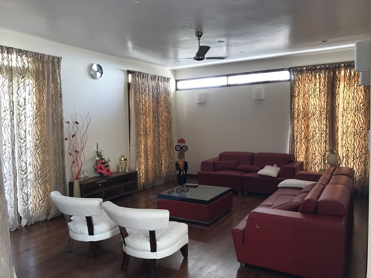 Sofa Upholstery Thrissur Offerbun Centura Wallpapers Curtains