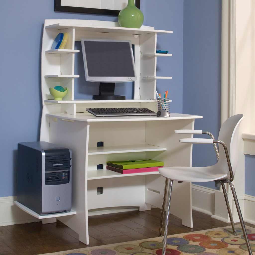Modern Small Desks For Small Spaces Small Modern Desk For Your Office