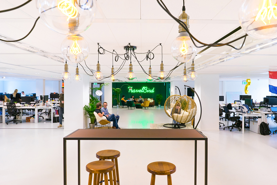 Interieur Design Hbo Amsterdam Inside Travelbird S Hip Amsterdam Office Officelovin