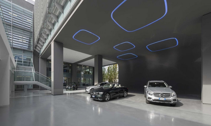 Smart Furniture Mercedes Benz Italia Offices - Rome - Office Snapshots