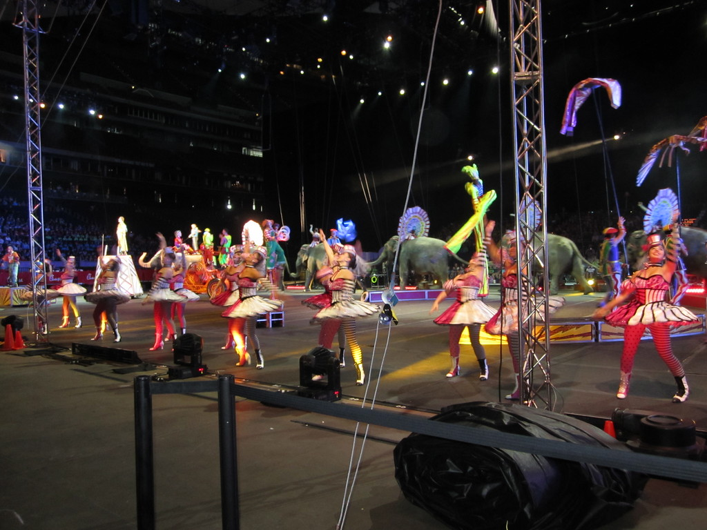 Bad Set Up Synonym Ringling Bros And Barnum And Bailey Circus Paul Michaels