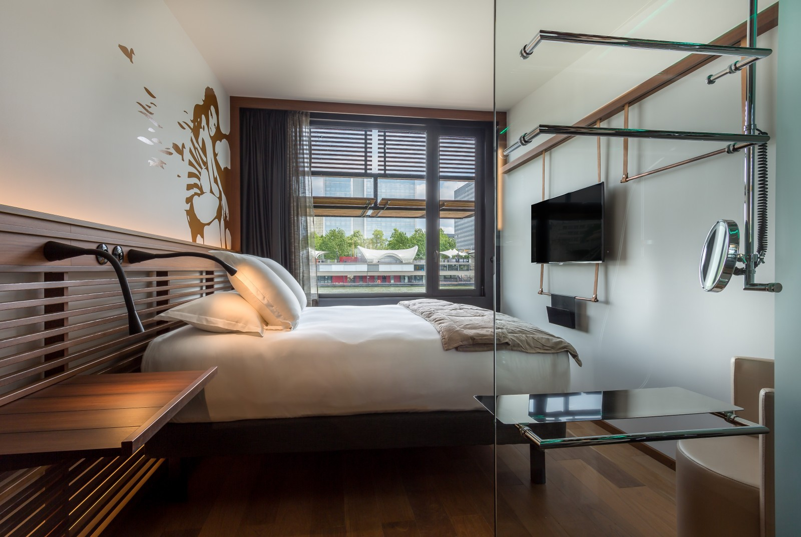 Chambre Contre Service Paris Off Paris Seine Designer Hotel On Seine River Paris Rooms
