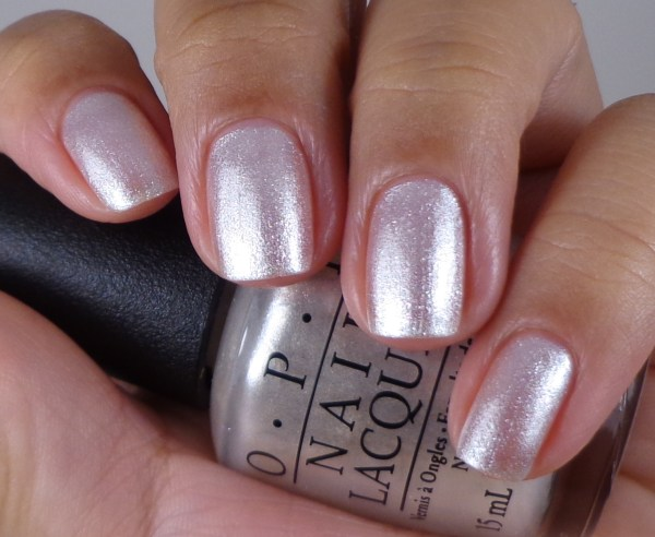 OPI Girls Love Diamonds 1