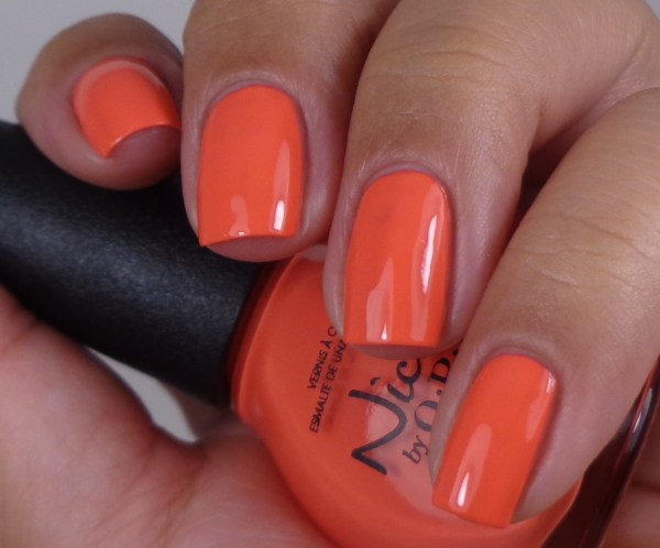 Nicole by OPI The Coral Of The Story 1