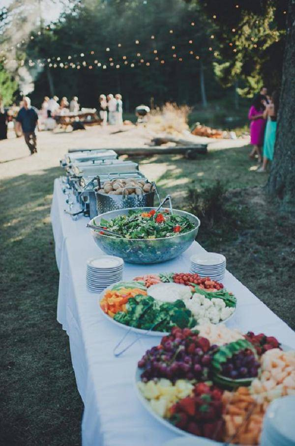 Mesa Pizza 20 Great Backyard Wedding Ideas That Inspire - Oh Best Day
