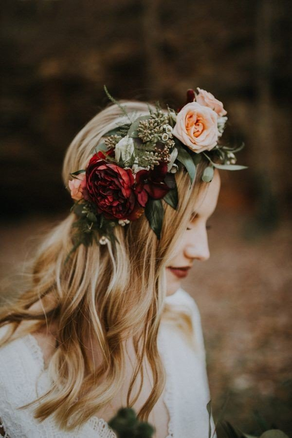 Hair Colors Photos 18 Gorgeous Wedding Hairstyles With Flower Crown Page 3