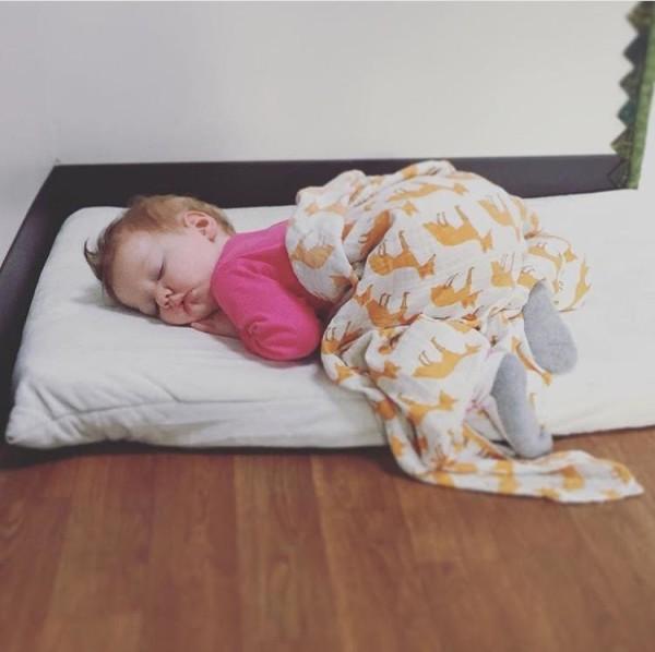 Montessori Floor Toddler bed, floor bed, toddler floor beds, toddler bed, toddler floor bed, montessori bedroom, toddler montessori, house frame bed, toddler beds
