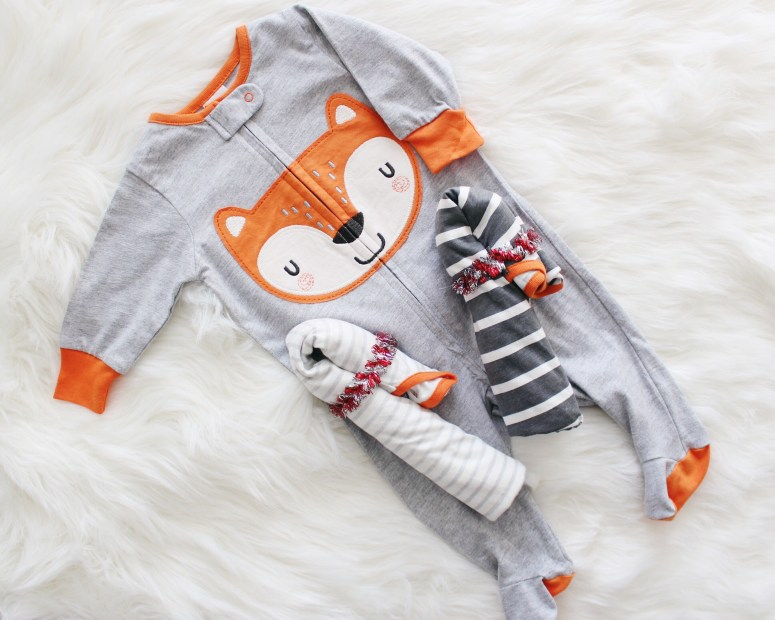 baby's first christmas, christmas gifts for baby, practical gifts for baby, christmas gifts, holiday gifts, candy cane fold, creative gifts for baby, sleep n play, gerber, once, gerber baby